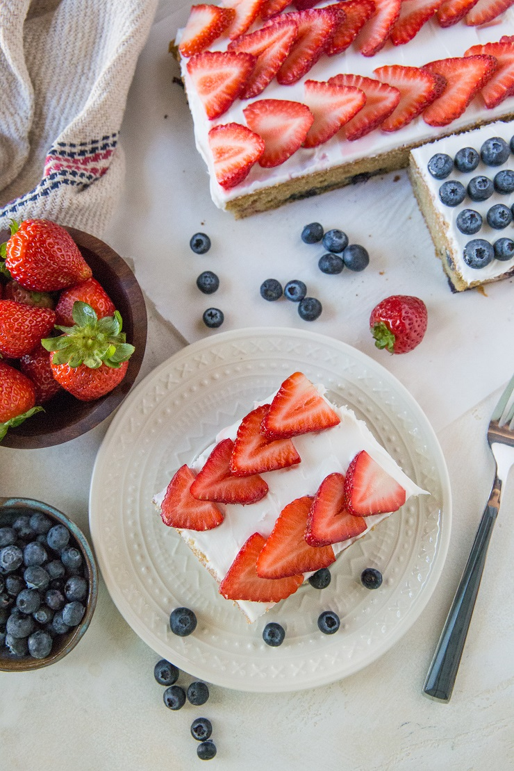 Grain-Free Red, White, and Blue Cake for the 4th of July - a healthy paleo cake recipe | TheRoastedRoot.net