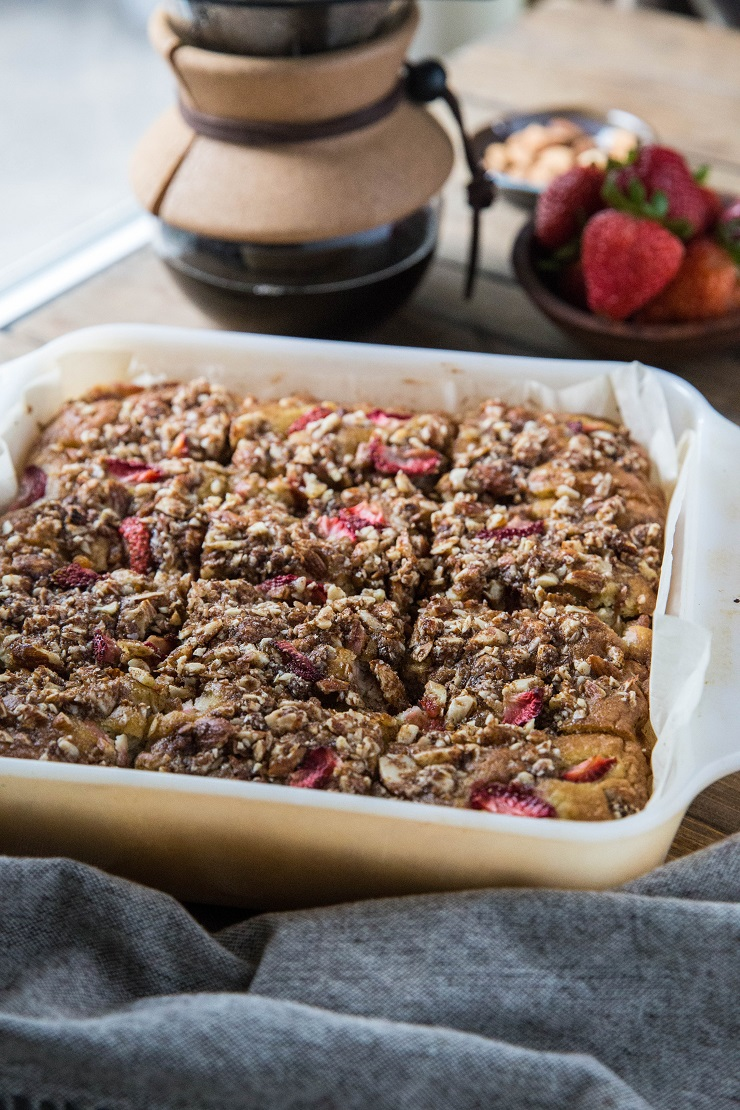 Grain-Free Coffee Cake with Strawberries - paleo coffee cake made with coconut flour, almond streusel topping and sweetened with pure maple syrup and coconut sugar | TheRoastedRoot.net #glutenfree